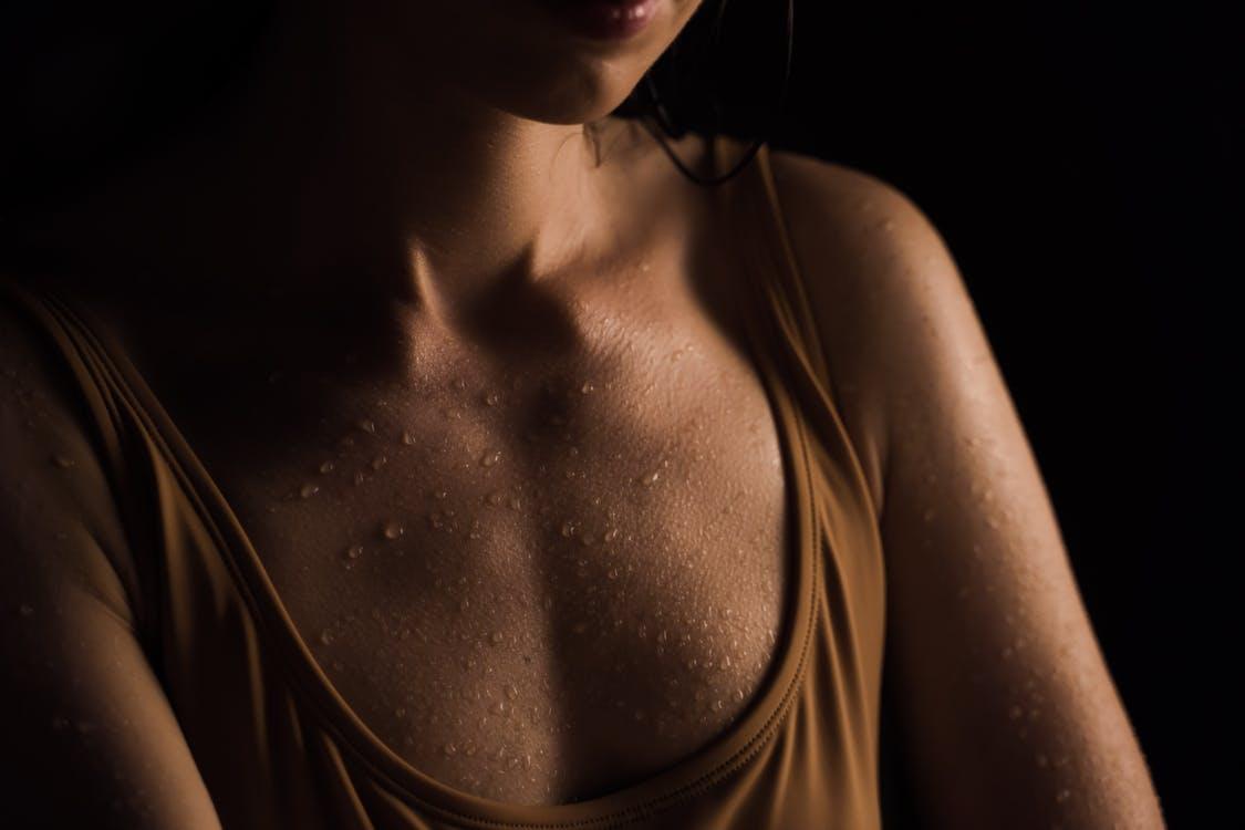 Göçük Ve Batık Meme Uçları Nasıl Tedavi Edilir?